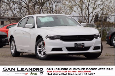 New 2019 DODGE Charger SXT RWD Sedan